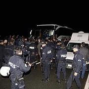 autocarul echipei fenerbahce atacat cu focuri de arma