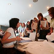 firmele care angajeaza tineri vor primi 200 de euro si 500 de lei pentru fiecare salariat timp de 1 an