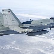 canada a intrat in lupta impotriva si doua avioane au lovit pozitii ale militantilor in siria