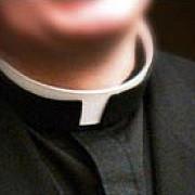 scandal dupa scandal un preot catolic este acuzat de crima in timp ce altul isi racola amanti pe internet