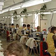 h-ampm lucreaza cu 30 de fabrici din romania