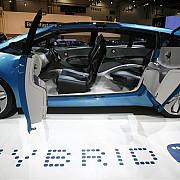 romanii nu se dau in vant dupa autoturisme hibrid