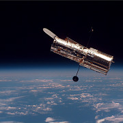 telescopul hubble a implinit 25 de ani imagini uluitoare captate din spatiu