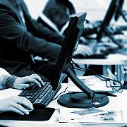 programatorii cu venituri de peste 10000 dolari din comercializarea softurilor scutiti de impozit