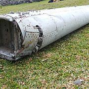 zborul mh370 noi fragmente de epava au fost descoperite pe insula reunion