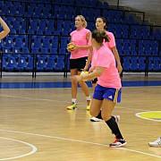 handbal feminin echipa de cupe europene a csm-ului joaca un amical la olimpia