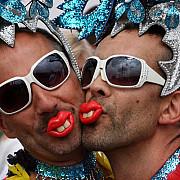 ucrainenii nu umbla cu jumatati de masura o reuniune a homosexualilor a fost imprastiata la odesa