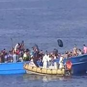 ampla operatiune de salvare paza de coasta italiana incearca sa salveze circa 3000 de imigranti pe marea mediterana