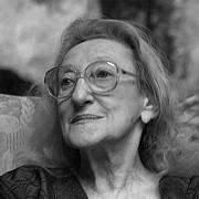 doua poezii romanesti au fost incluse in top 50 cele mai frumoase poeme de dragoste din lume