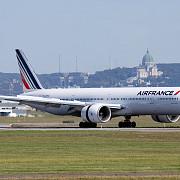 amenintare cu bomba un avion air france a aterizat de urgenta la montreal