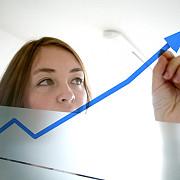 ins a revizuit cresterea economica de la 28 la 3