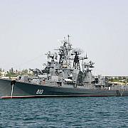 o nava de razboi ruseasca a deschis foc de avertisment catre un pescador turcesc