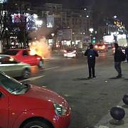 un bmw cu numere de bulgaria a luat foc in centrul capitalei