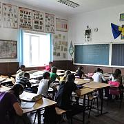 elevii se intorc la cursuri programul pana la incheierea anului scolar