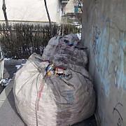 deseuri din plastic confiscate de politistii locali din zona baraolt