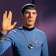 leonard nimoy comandatul spock din star trek a murit la varsta de 83 de ani