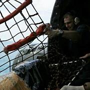 indonezia coada avionului airasia a fost gasita in marea java