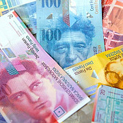 nivel record pentru francul elvetian fata de euro