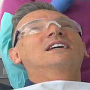 primarul din liverpool la stomatolog in romania