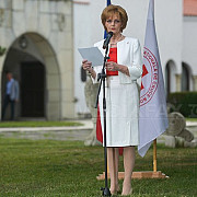 principesa margareta indeamna romanii sa fie alaturi de crucea rosie