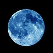 luna albastra fenomenul rar care se va vedea pe cerul romaniei vineri noapte