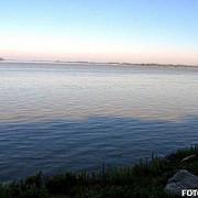 apele canalului poarta alba - midia navodari poluate cu hidrocarburi poluarea se intinde pe o distanta de 15 kilometri