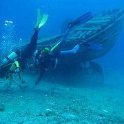epavele a trei nave descoperite in adancuri de doi scafandri din constanta