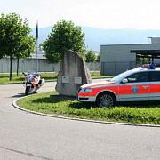 un roman a ajuns la inchisoare dupa ce a tarat cu masina un politist elvetian