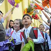 consiliul national al elevilor propune modificarea structurii anului scolar