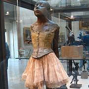 cea mai cunoscuta sculptura realizata de edgar degas vanduta la licitatie cu o suma uriasa