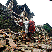 o mie de europeni sunt dati disparuti in nepal