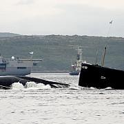 rusii intimideaza statele baltice doua nave militare si un submarin la 5 kilometri de granita letoniei