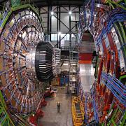 acceleratorul lhc a fost repornit si va avea o putere aproape dubla