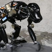 robotul cimpanzeu misiune pe luna