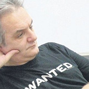 regizorul mihnea columbeanu condamnat la 26 de ani de inchisoare pentru pornografie infantila