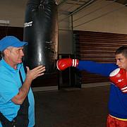 box trei medalii pentru cadetii lui titi tudor