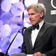 actorul harrison ford ranit intr-un accident de avion