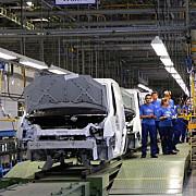veste buna pentru angajatii ford