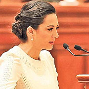 oana mizil imi depun demisia din parlament nu vreau sa fie un impediment in calea justitiei