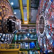 acceleratorul din elvetia a fost repornit experimentele vizeaza studierea materiei negre