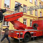 93 la suta din scoli nu au autorizatie de la pompieri