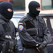 politistii prahoveni fac percheziitii la firme specializate in acordarea de imprumuturi