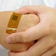 japonezii au creat termometrul ultrafin care poate fi aplicat pe piele