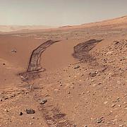 curiosity cercetatorii vor analiza pentru prima data dunele de pe marte