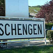 romania si bulgaria mai asteapta la usa schengen