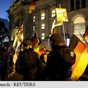 germania mii de persoane au manifestat la dresda contra refugiatilor