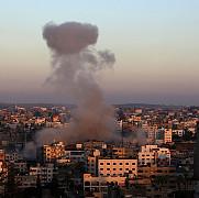 o femeie gravida si fiica ei de 5 ani au fost ucise intr-un raid israelian in fasia gaza