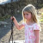 copilarie fara parinti peste 80000 de copii au cel putin un parinte plecat la munca afara