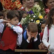 cati copii din romania au cel putin un parinte plecat la munca in strainatate