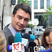 nepotul lui traian basescu trimis in judecata dupa ce ar fi cerut 1 milion de euro pentru a-si trafica influenta